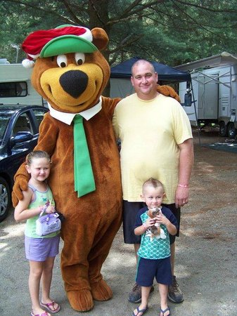 Yogi Bear's Jellystone Park Camp-Resort at Paradise Pines: Yogi is always ready for pictures.