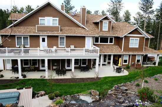 Summer Creek Inn : Back on the Inn...Such a Gorgeous quiet setting