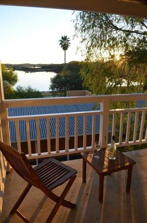 Rottnest Lodge: lake view room