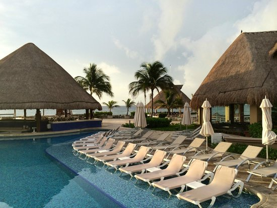 Hard Rock Hotel Riviera Maya: Early morning and no one awake yet