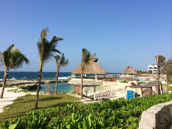 Hard Rock Hotel Riviera Maya: Beach area