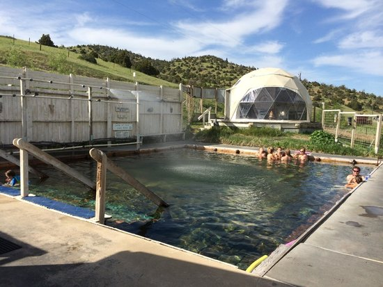 Norris Hot Springs: Hot pool, stage for live music...