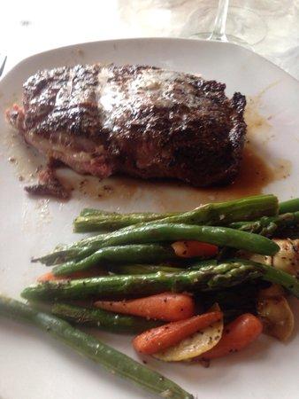 Belmont Restaurant & Saloon: Rib Eye Steak