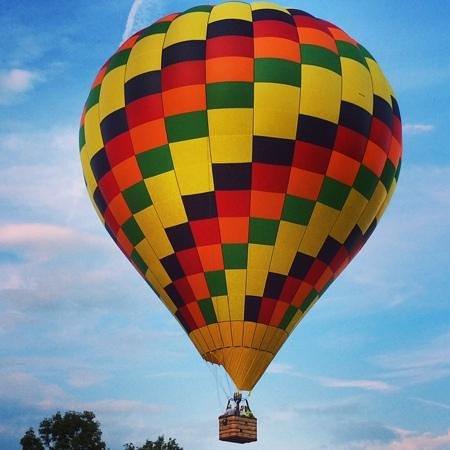 Nicholson, Pensilvania: flying over the endless mountains of pennsylvania