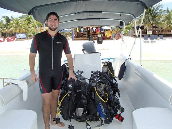 West Bay Divers : First Dive