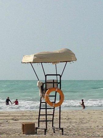 Park Hyatt Abu Dhabi Hotel & Villas : Beach lifeguard