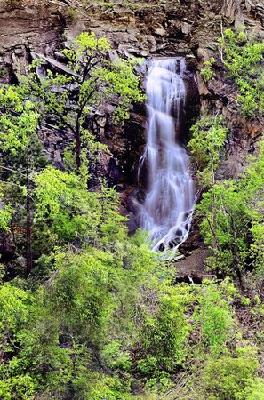 Spearfish Canyon: Bridal Veil Falls