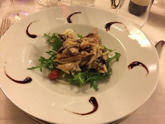 Ristorante Maffei : coniglio in agrodolce su letto di insalatina di rucola e finocchio