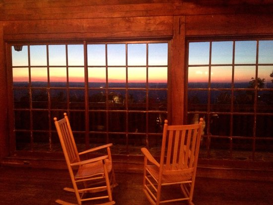 Big Meadows Lodge: Sunset from the lodge