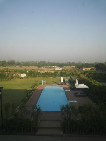 Four Points by Sheraton New Delhi, Airport Highway: View from room