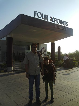 Four Points by Sheraton New Delhi, Airport Highway: The Place