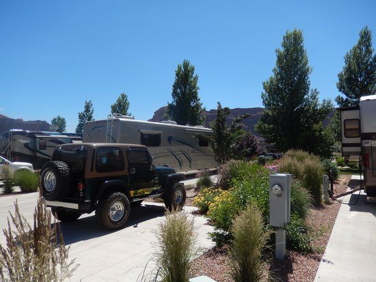 Portal RV Resort / Campground : Campsite M33