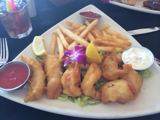 Steve's Steakhouse: Seafood Combo and Chips