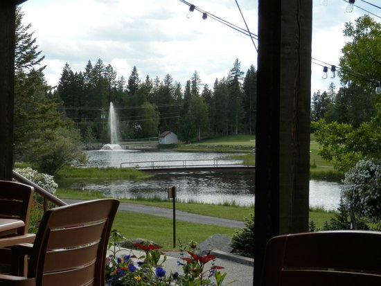 Meadow Lake Golf Resort : Trubys Patio