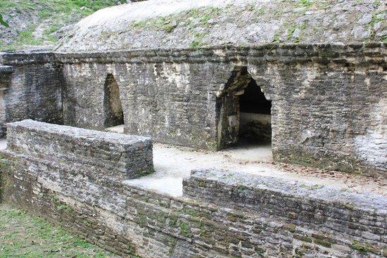 Museo y Ruinas Mayas Cahal Pech: Cahal Pech