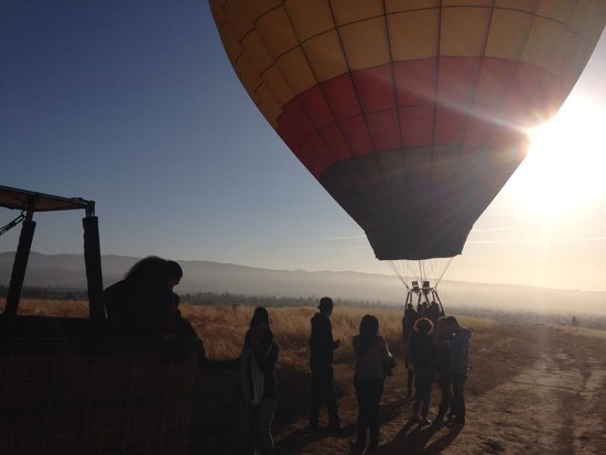 Balloons Above the Valley: Beautiful Sunrise