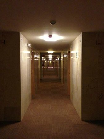 Expo Hotel Barcelona: ホテル廊下