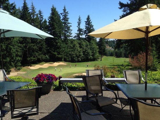 Port Ludlow Golf Club: Sitting on the deck at Niblicks Cafe. Have you seen the new menu? Come explore the farm to table