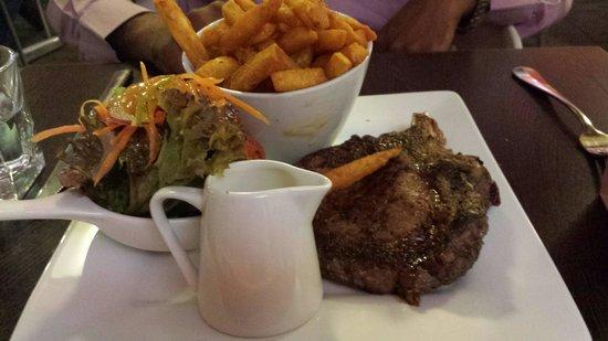 Ibis Christchurch: Steak