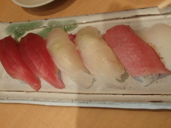 Tsukiji Sushisay Honten: And this is what we ordered individually.  Ahhhh, makes me want to go back!