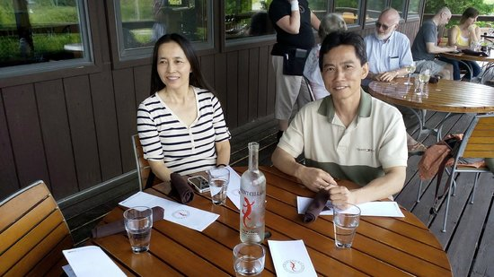 Red Newt Cellars Winery & Bistro: Enjoying the sunny deck at Red Newt 1
