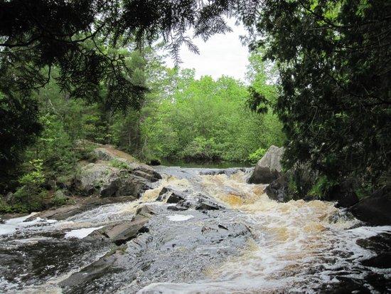 Dunbar, WI: Horseshoe Falls