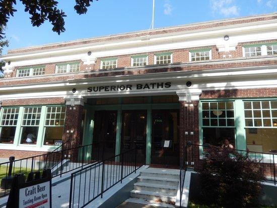 superior bathhouse brewery distillery hot springs restaurant rh tripadvisor com
