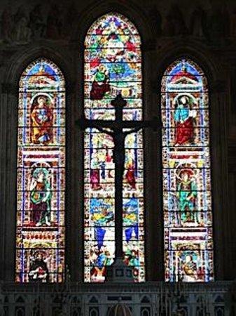 Church of Santa Maria Novella: Amazing stained glass