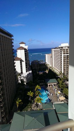 Embassy Suites by Hilton Waikiki Beach Walk: View from room