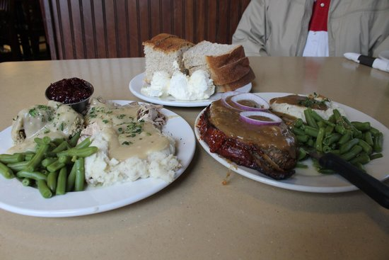 Keys Cafe: Turkey and meatloaf dinners
