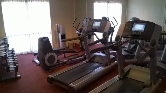 Hyatt Place Cranberry: Fitness Room with Modern Equipment