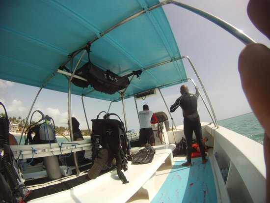 SeaPro Water Sports: Heading out to the Dive Site
