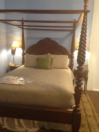 Ashton's Bed and Breakfast: room