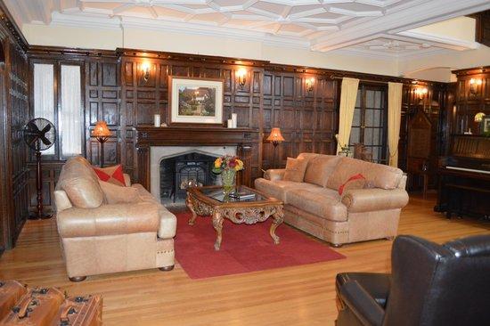 living room on firstt floor picture of grey gables inn bed and rh tripadvisor com