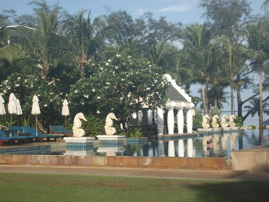 Phuket Graceland Resort & Spa: Botom Pool