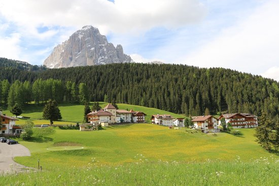 Granvara Relais & Spa Hotel : View to the west from the property