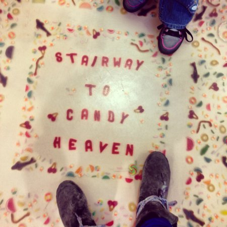 Dylan's Candy Bar: The floor