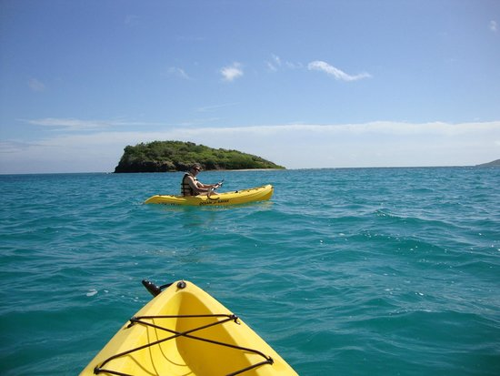 Tamarind Reef Resort, Spa & Marina: Sea Kayaks are free for use by guest - heading out to Green Cay