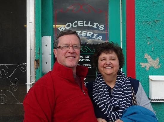 Bocelli's Pizzeria: Check this place out!