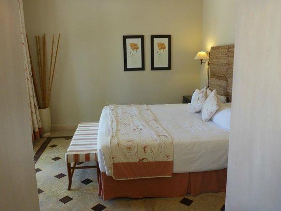 Sanctuary Cap Cana by AlSol: 1st room...oceanfront