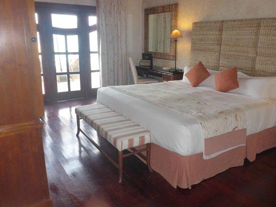 Sanctuary Cap Cana by AlSol: villa master bedroom (2nd room)