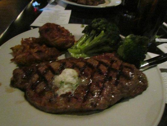 Hard Rock Cafe: the 12 oz USDA steak