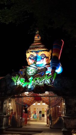 Phuket FantaSea: Attraction