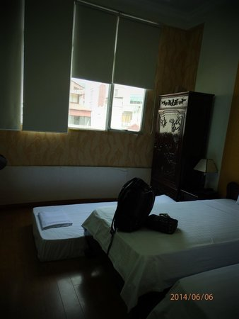 Hanoi City Hostel : I had to sleep on an extra mattress placed on the floor but I didn't mind!