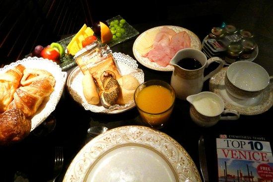 Hotel Palazzo Barbarigo Sul Canal Grande: Excellent breakfast