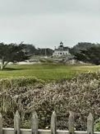 Point Pinos Lighthouse: Lighthouse view from Beach (across golf course)