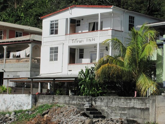 Titiwi Inn: this is the inn as you see it from the water
