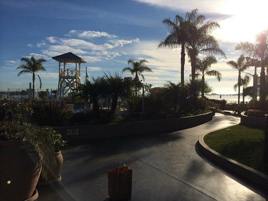 Avila Lighthouse Suites: hotel stroll
