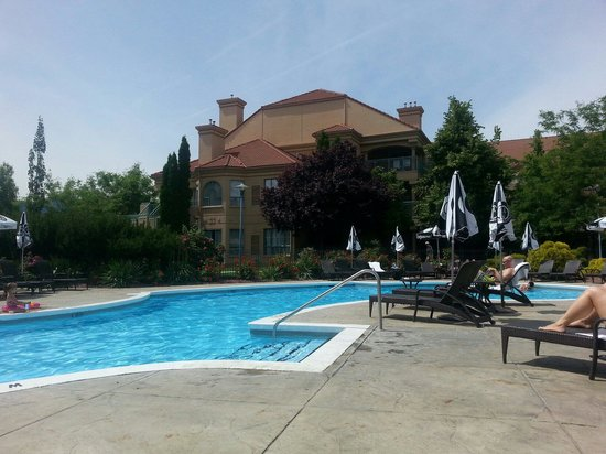 Delta Hotels Grand Okanagan Resort : Lounged by the pool all day...there is an indoor pool too!