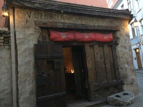Rozengrals: Вход в ресторан